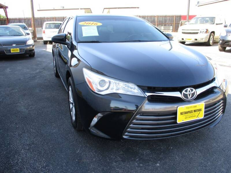 2016 Toyota Camry for sale at Metroplex Motors Inc. in Houston TX