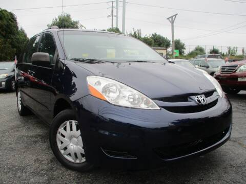 2007 Toyota Sienna for sale at Unlimited Auto Sales Inc. in Mount Sinai NY