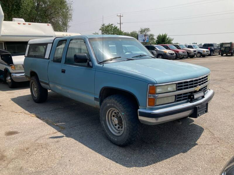 1991 Chevrolet C/K 2500 Series for sale at AFFORDABLY PRICED CARS LLC in Mountain Home ID