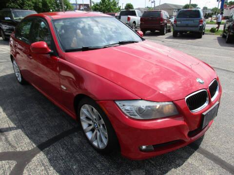 2011 BMW 3 Series for sale at U C AUTO in Urbana IL