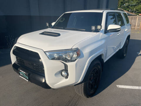 2020 Toyota 4Runner for sale at APX Auto Brokers in Lynnwood WA