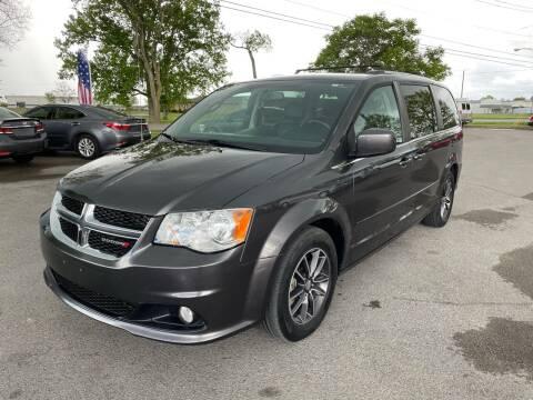 2017 Dodge Grand Caravan for sale at International Cars Co in Murfreesboro TN