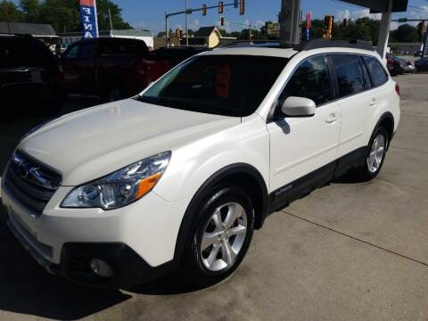 2014 Subaru Outback for sale at SpringField Select Autos in Springfield IL