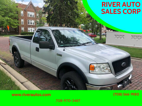 2004 Ford F-150 for sale at RIVER AUTO SALES CORP in Maywood IL
