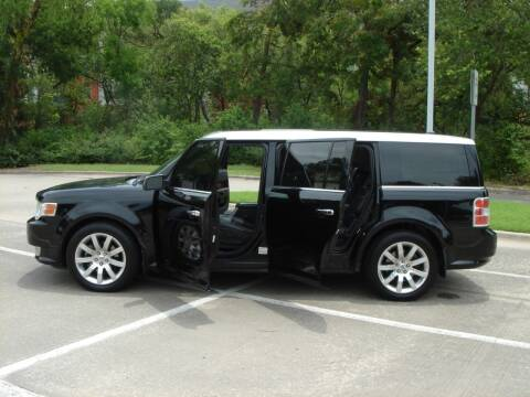 2009 Ford Flex for sale at ACH AutoHaus in Dallas TX