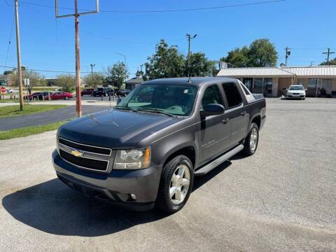 2010 Chevrolet Avalanche for sale at Auto Hub in Grandview MO