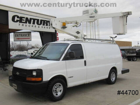 2006 Chevrolet Express Cargo for sale at CENTURY TRUCKS & VANS in Grand Prairie TX