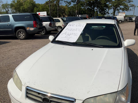 2000 Toyota Camry for sale at Continental Auto Sales in White Bear Lake MN
