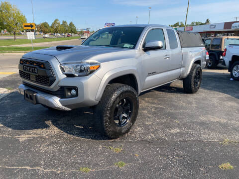 2018 Toyota Tacoma for sale at Atlas Auto in Grand Forks ND