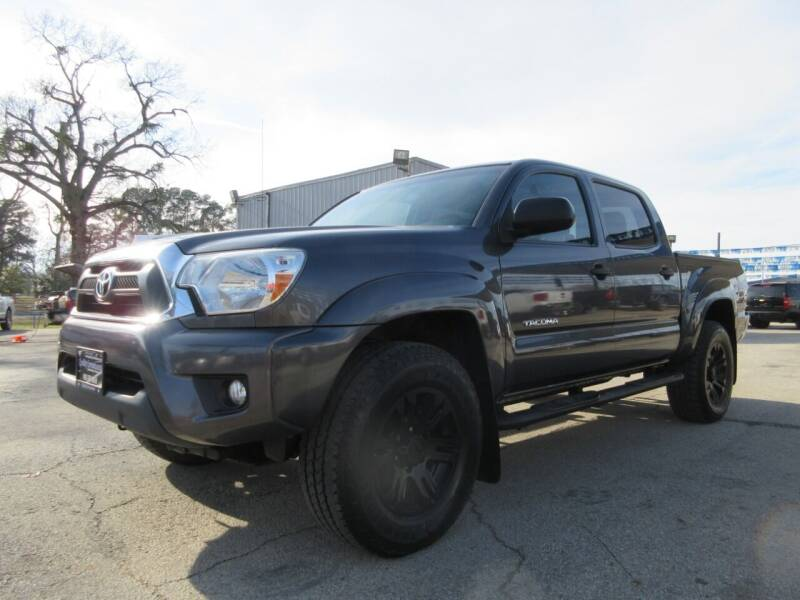 2015 Toyota Tacoma for sale at Quality Investments in Tyler TX