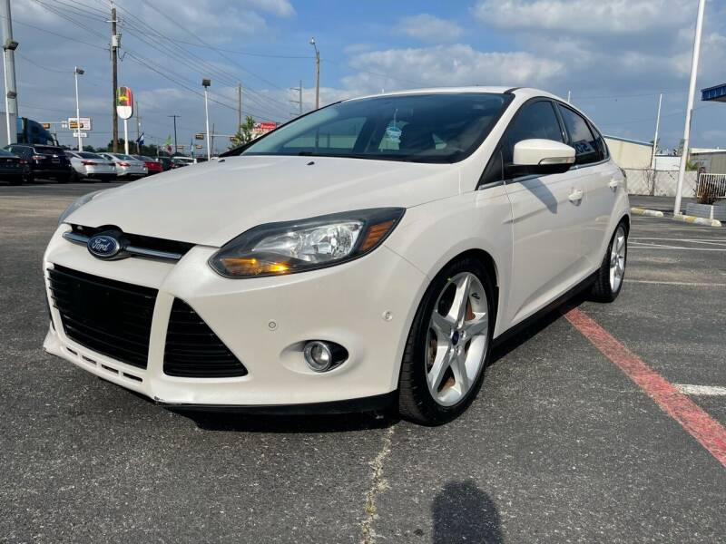 2014 Ford Focus for sale at SOLID MOTORS LLC in Garland TX