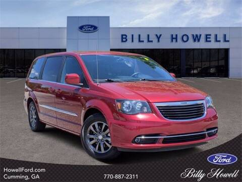 2015 Chrysler Town and Country for sale at BILLY HOWELL FORD LINCOLN in Cumming GA
