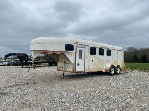 2002 prairie 20' Horse Trailer for sale at Ken's Auto Sales & Repairs in New Bloomfield MO