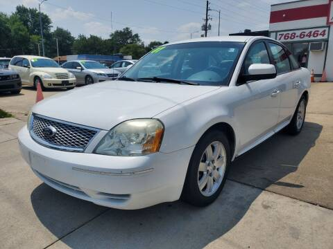 2007 Ford Five Hundred for sale at Quallys Auto Sales in Olathe KS