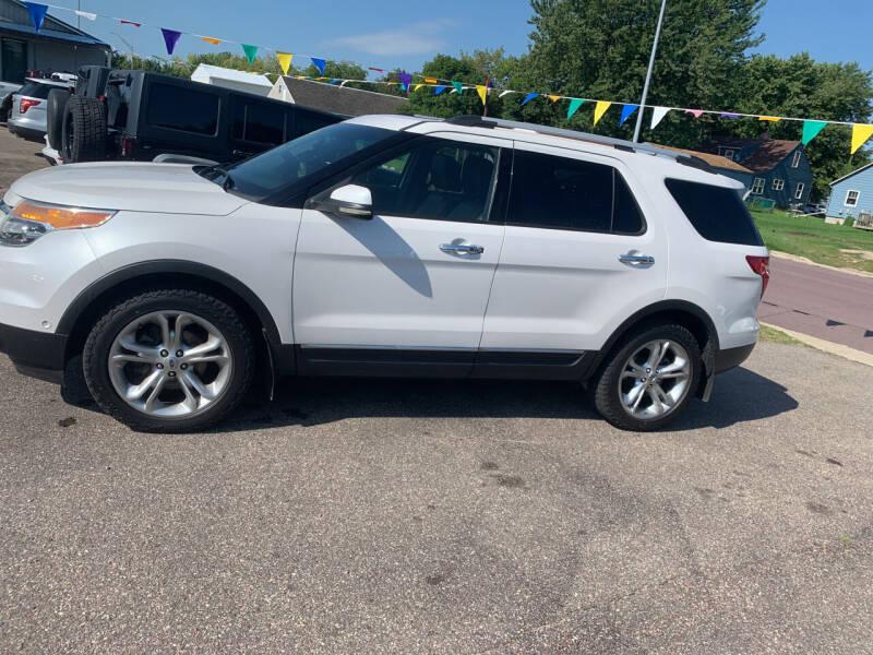 2011 Ford Explorer for sale at Los Arreglados Auto Sales in Worthington MN