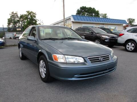 2000 Toyota Camry for sale at Supermax Autos in Strasburg VA