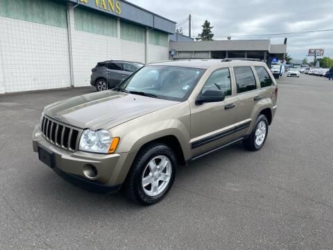 2006 Jeep Grand Cherokee for sale at Vista Auto Sales in Lakewood WA