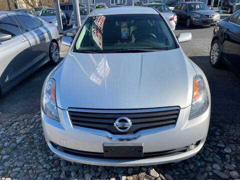 2009 Nissan Altima for sale at Certified Motors in Bear DE