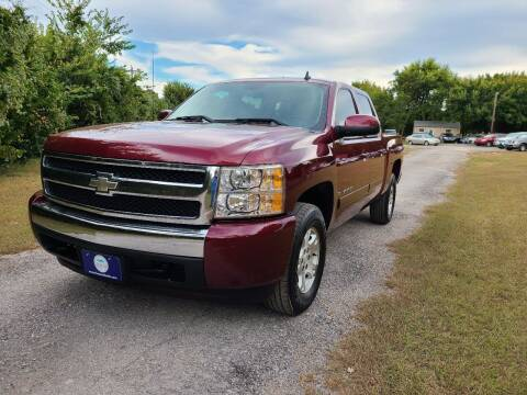 2008 Chevrolet Silverado 1500 for sale at The Car Shed in Burleson TX