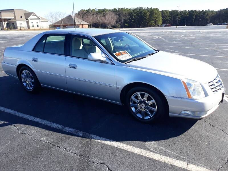 2009 Cadillac DTS for sale at JCW AUTO BROKERS in Douglasville GA