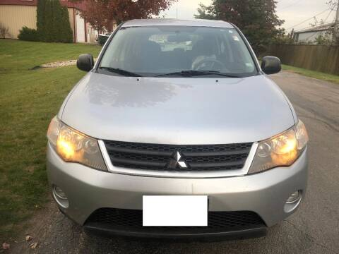 2007 Mitsubishi Outlander for sale at Luxury Cars Xchange in Lockport IL