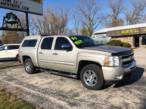 2009 Chevrolet Silverado 1500 for sale at BELL AUTO & TRUCK SALES in Fort Wayne IN