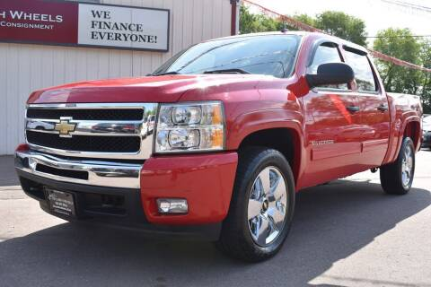 2011 Chevrolet Silverado 1500 for sale at Dealswithwheels in Inver Grove Heights MN