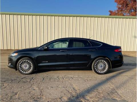 2014 Ford Fusion Hybrid for sale at Dealers Choice Inc in Farmersville CA
