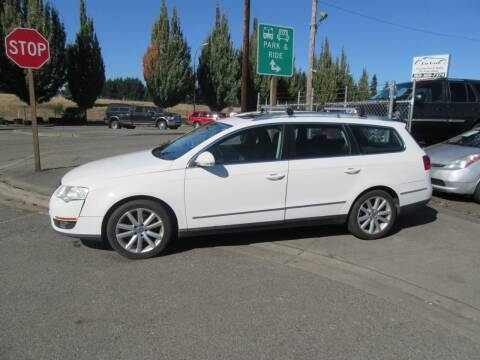 2010 Volkswagen Passat for sale at Car Link Auto Sales LLC in Marysville WA