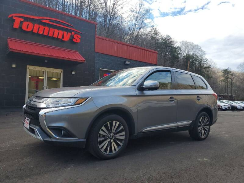 2019 Mitsubishi Outlander for sale at Tommy's Auto Sales in Inez KY