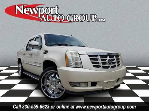 2007 Cadillac Escalade EXT for sale at Newport Auto Group in Austintown OH