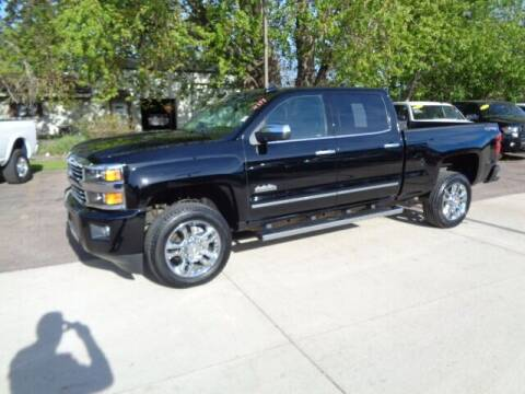 2017 Chevrolet Silverado 2500HD for sale at De Anda Auto Sales in Storm Lake IA