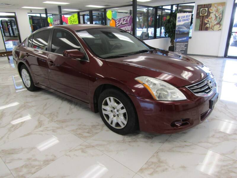 2011 Nissan Altima for sale at Dealer One Auto Credit in Oklahoma City OK