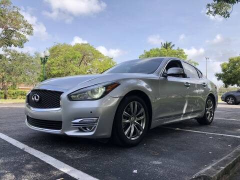 2018 Infiniti Q70 for sale at Auto Direct of South Broward in Miramar FL