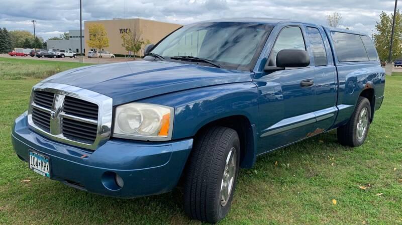 2005 Dodge Dakota for sale at MATTHEWS AUTO SALES in Elk River MN