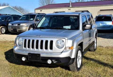 2011 Jeep Patriot for sale at PINNACLE ROAD AUTOMOTIVE LLC in Moraine OH