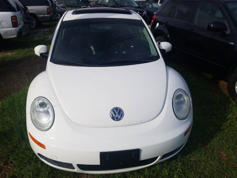 2009 Volkswagen New Beetle for sale at Webb's Automotive Inc 11 in Morehead City NC
