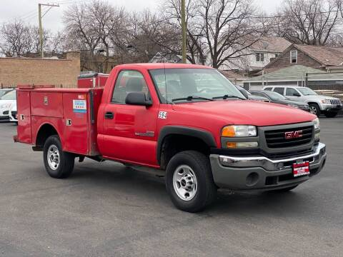 2005 GMC Sierra 2500HD for sale at Windy City Motors in Chicago IL