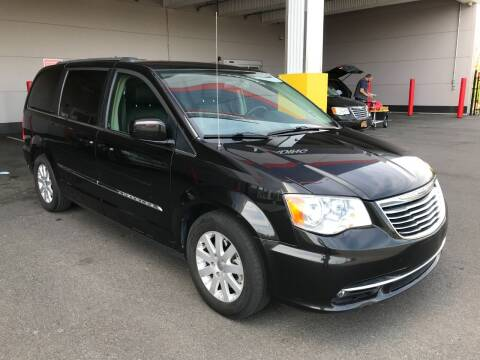 2016 Chrysler Town and Country for sale at Ultimate Motors in Port Monmouth NJ
