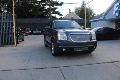 2011 GMC Yukon for sale at F & M AUTO SALES in Detroit MI
