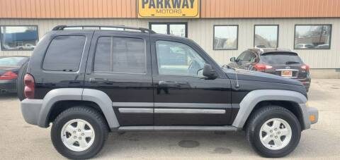 2005 Jeep Liberty for sale at Parkway Motors in Springfield IL