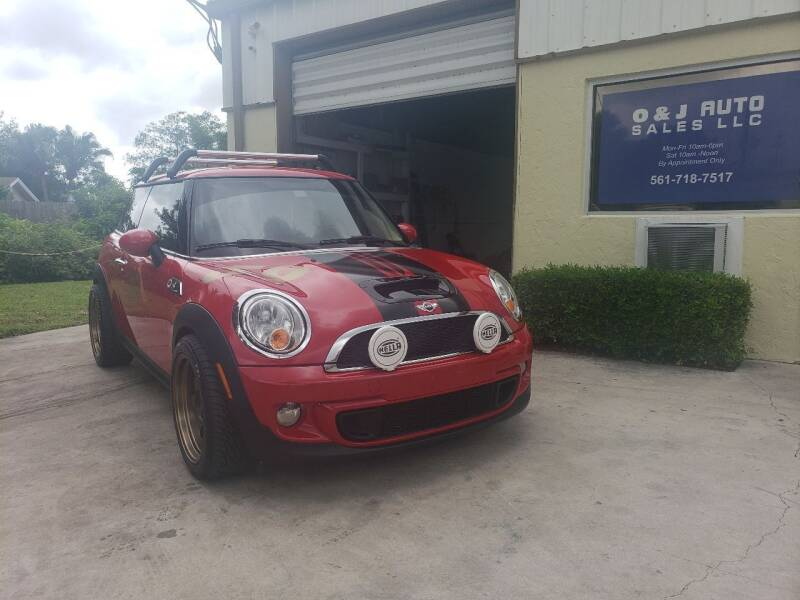 2013 MINI Hardtop for sale at O & J Auto Sales in Royal Palm Beach FL