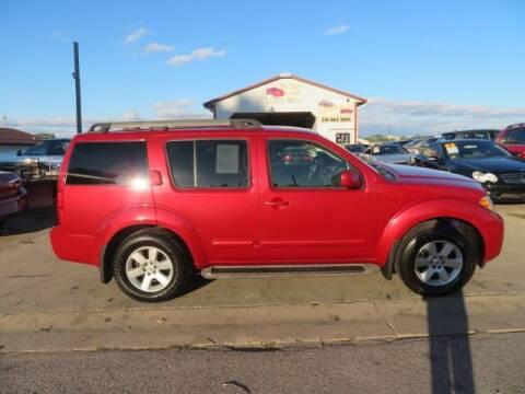 2009 Nissan Pathfinder for sale at Jefferson St Motors in Waterloo IA