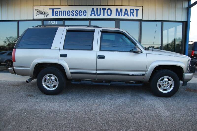 2000 Chevrolet Tahoe for sale at Tennessee Auto Mart Columbia in Columbia TN