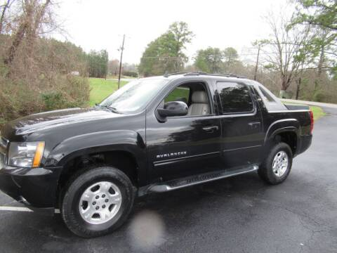 2010 Chevrolet Avalanche for sale at Dallas Auto Mart in Dallas GA