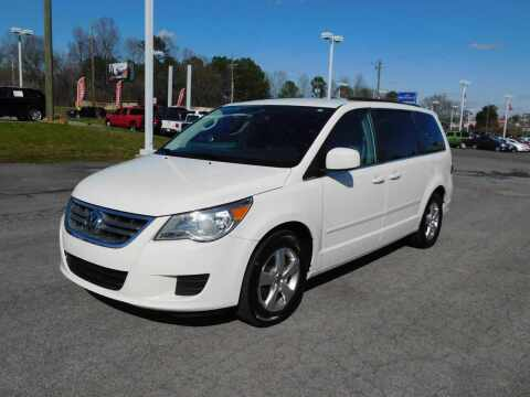 2011 Volkswagen Routan for sale at Paniagua Auto Mall in Dalton GA