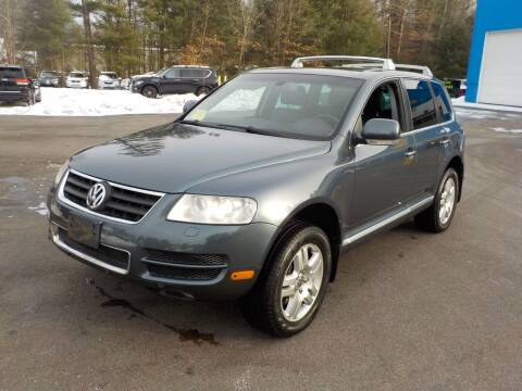 2005 Volkswagen Touareg for sale at RTE 123 Village Auto Sales Inc. in Attleboro MA