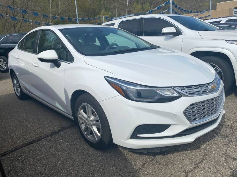 2018 Chevrolet Cruze for sale at Matt Jones Preowned Auto in Wheeling WV