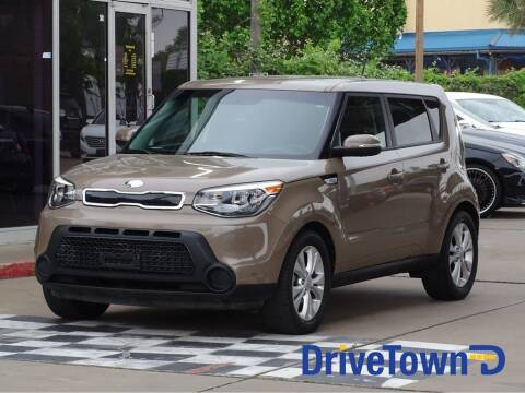 2014 Kia Soul for sale at DriveTown in Houston TX