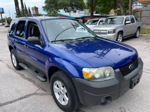 2006 Ford Escape for sale at AWESOME CARS LLC in Austin TX